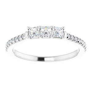 https://meteor.stullercloud.com/das/94019842?obj=metals&obj.recipe=white&obj=stones/diamonds/g_Stone%201&obj=stones/diamonds/g_Stone%202&obj=stones/diamonds/g_Stone%203&obj=stones/diamonds/g_Accent&$standard$