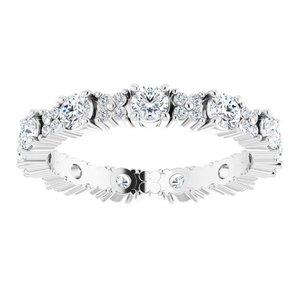 https://meteor.stullercloud.com/das/95534947?obj=metals&obj.recipe=white&obj=stones/diamonds/g_Center&obj=stones/diamonds/g_Accent&$standard$
