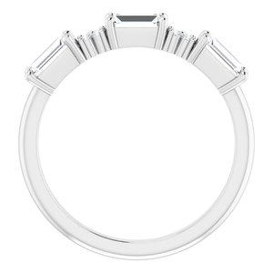 https://meteor.stullercloud.com/das/95569992?obj=metals&obj.recipe=white&obj=stones/diamonds/g_Center&obj=stones/diamonds/g_Accent&$standard$
