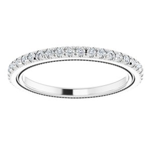 https://meteor.stullercloud.com/das/96707352?obj=metals&obj.recipe=white&obj=stones/diamonds/g_Accent&$standard$