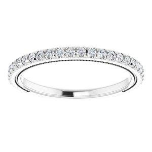 https://meteor.stullercloud.com/das/96719052?obj=metals&obj.recipe=white&obj=stones/diamonds/g_Accent&$standard$